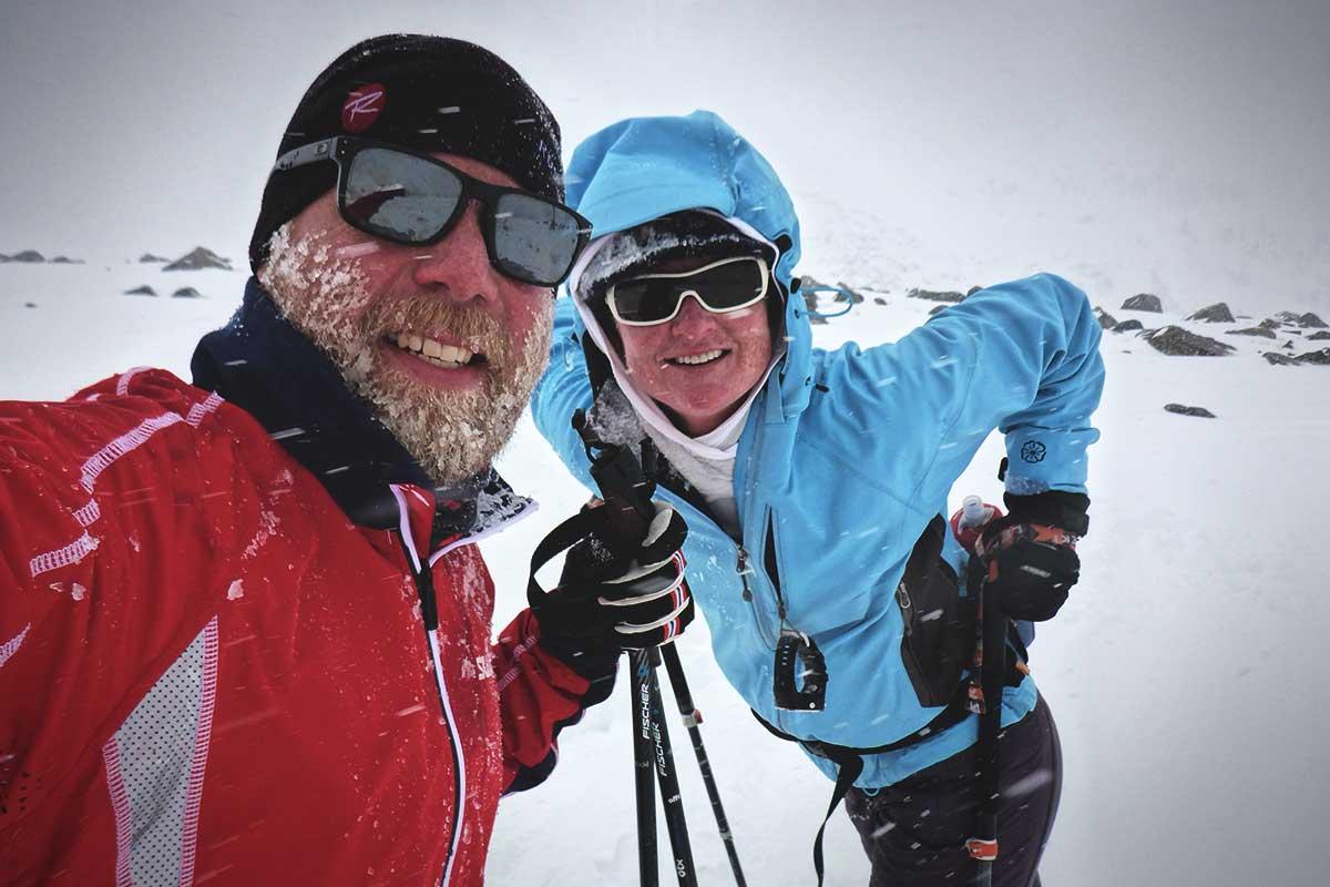 Cross-country skiing to Winnemucca Lake